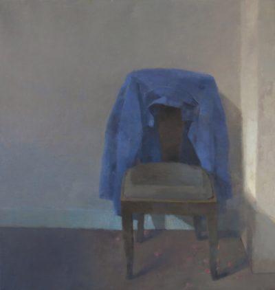 Sous la chaise